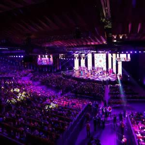Eerste evenement met 500 gasten en géén 1,5 meter afstand; TU Delft werkt mee aan coronaproof evenementen