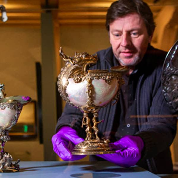 Zilveren topstukken nu in vaste presentatie Museum Prinsenhof