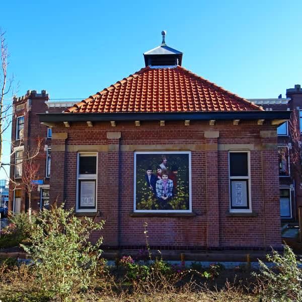 Tee-Set vereeuwigd op Delftse muren