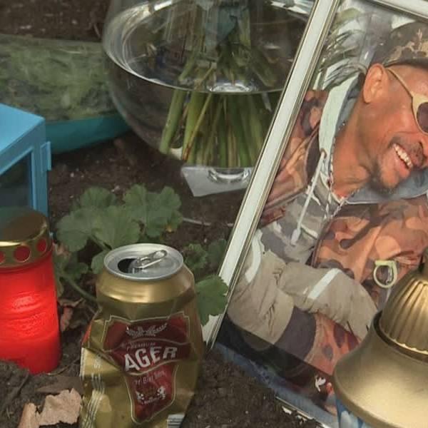 Familie in tranen bij stille tocht voor vermoorde Franklin uit Delft: 'Hij was heel geliefd'