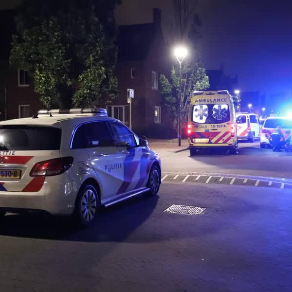 Twee gewonden bij steekpartij aan de Embdenstraat in Delft