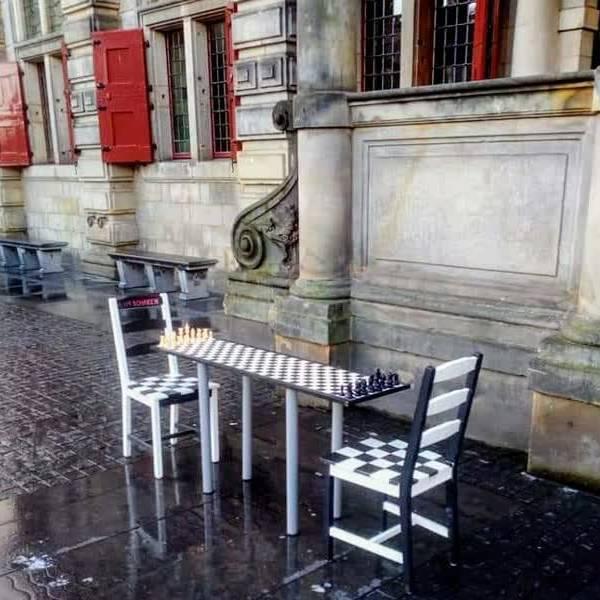 Gemeente Delft vernietigt per ongeluk kunstwerk van Tijn Noordenbos