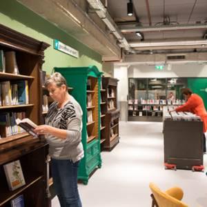 Toch lezen in Delft ondanks gesloten bibliotheek