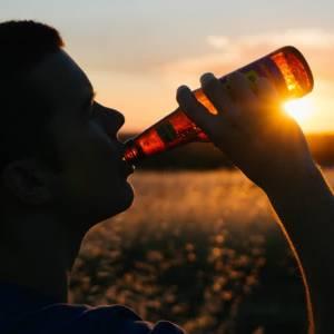 Coronacrisis zorgt voor meer drugs en drank gebruik onder studenten