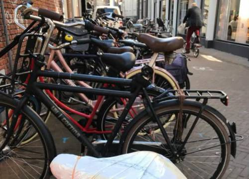 Kromstraat krijgt fietsparkeerverbod